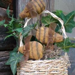 Primitive Bee Plant Pokes - Set of 3